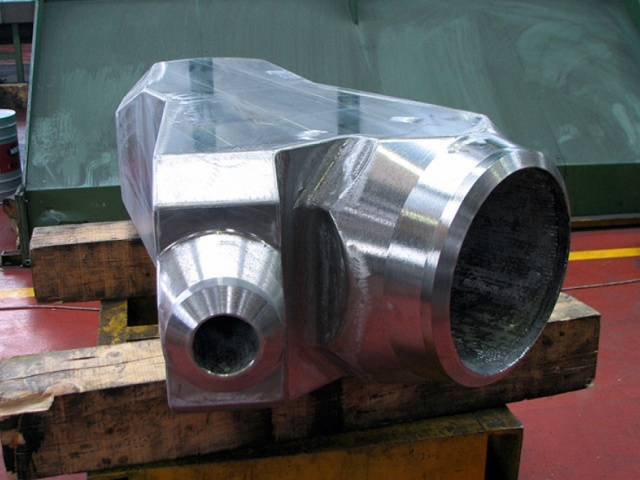 Y GAS-LIFT INT. INCONEL CLADDED